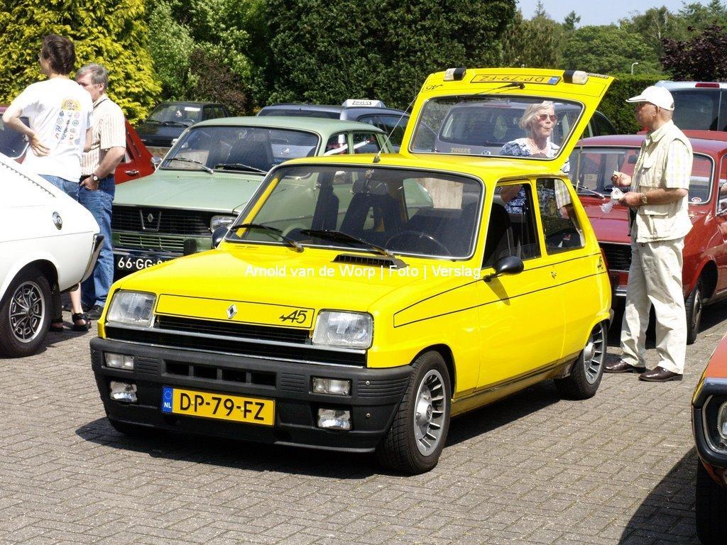 Oh Oh Renault te Ommen 24-05-2008