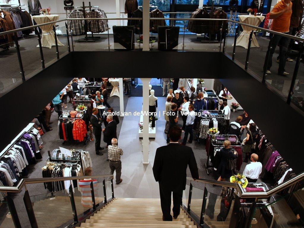 Opening Verbouwde winkel Vaasen mode 26-08-2008